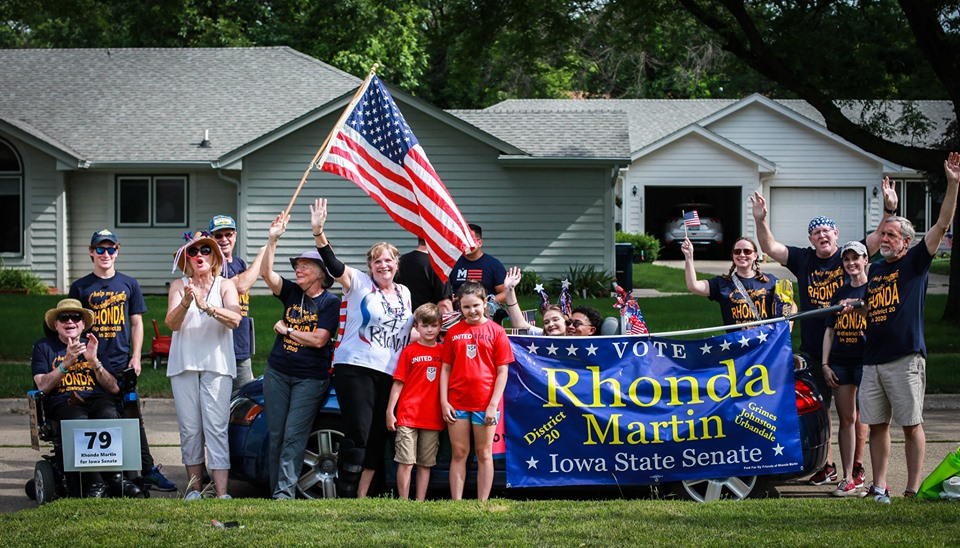 Rhonda Martin for Iowa Senate at 2019 Urbandale Fourth of July Parade